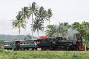 kereta-wisata-B5112